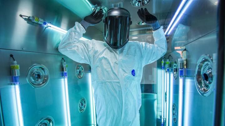 Sluser med UV-lys sikrer mod virus og bakterier